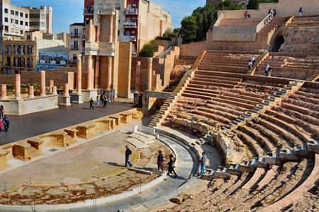 Vistas del teatro romano de Cartagena.