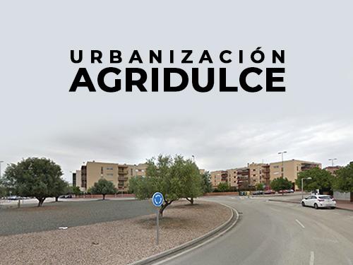 Entrada a la Urbanización Agridulce