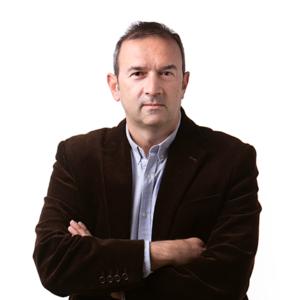 Fran Poveda: Asesor inmobiliario de Inmotasa.