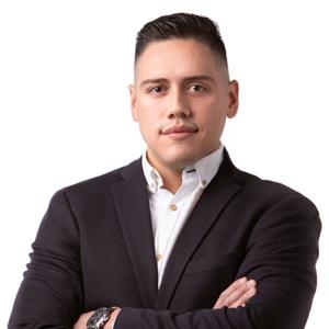 Paul Molina: Asesor inmobiliario de Inmotasa.