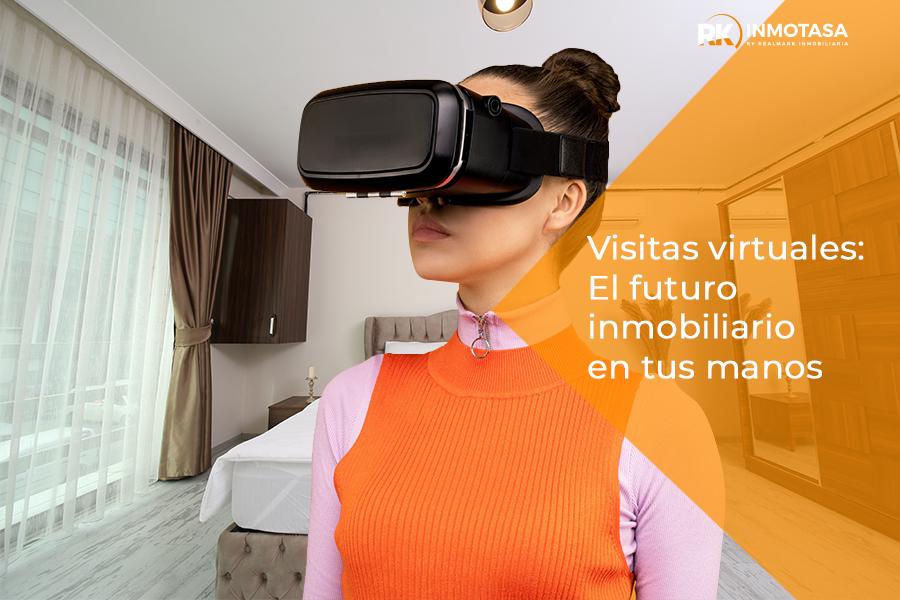 Imagen de una chica con unas gafas virtuales viendo un inmueble